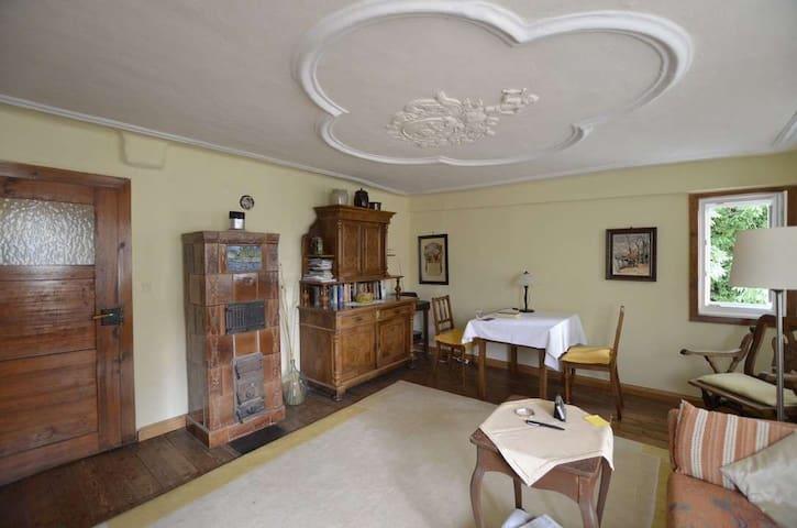 Mittelalterliches Apartment mit modernem Komfort