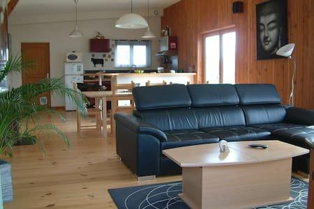 Maison bois à 200m de la mer - Lanildut - Casa