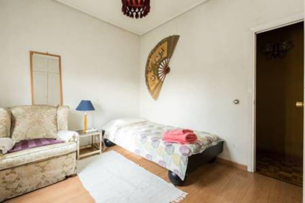 Habitación individual 2km aeropuerto Madrid