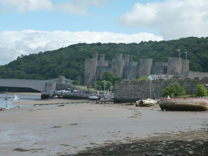 Holiday Haven in Beautiful Conwy