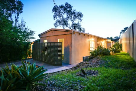 Adelaide Best Choice Accommodation (abca bnb)
