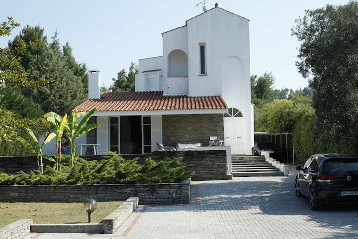 Fantastic Sea Side Villa Near Glarokavos! - Paliouri - House