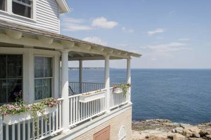 Ocean Front Home, York Beach with Incredible Views