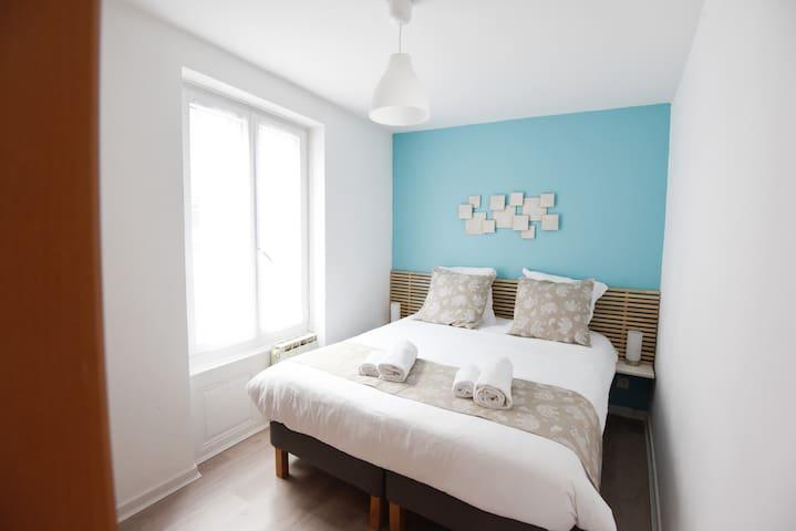 2 bedrooms apart - rue du Fossé des orphelins