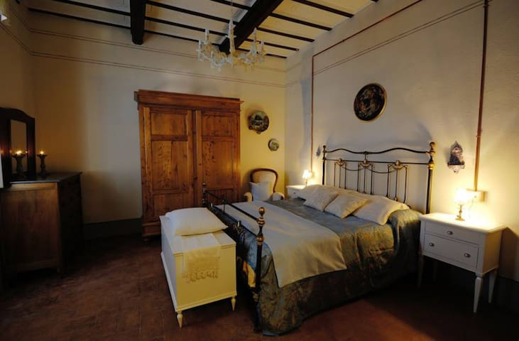 B&B Cimamori  in the hearth of Tuscany - Blue Room - Poggibonsi - Szoba reggelivel