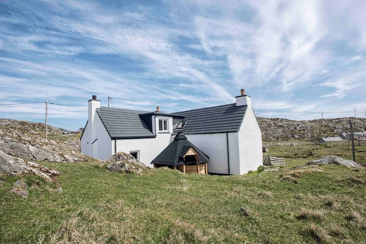 The Sheiling,Scalpay,Harris-Luxury House/Hot Tub