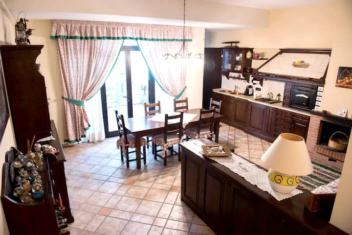 House with one bedroom in Bari, with furnished terrace and WiFi - 700 m from the beach