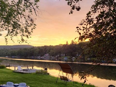 Lakefront Lazin'