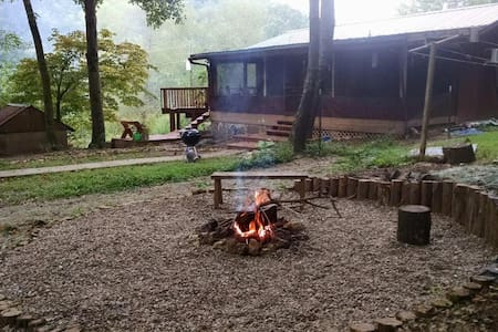 Hutchins Creek Cabin -2br- Wine Trail & Wilderness