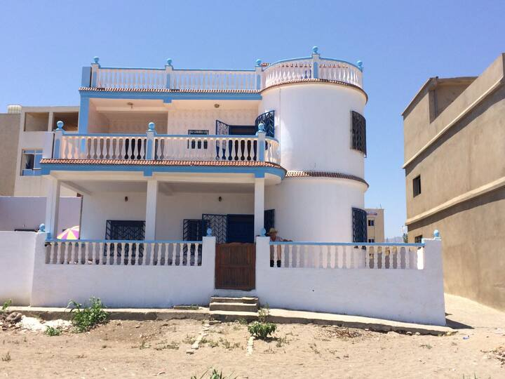 Front-row beach house in Oued Laou