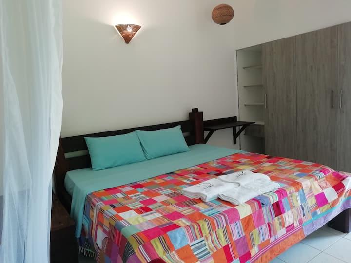 Dhow House En-suite Bedroom