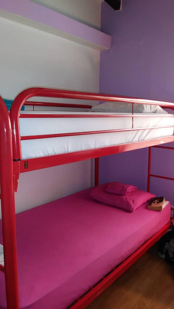 Tillett Hostel- Female Dorm