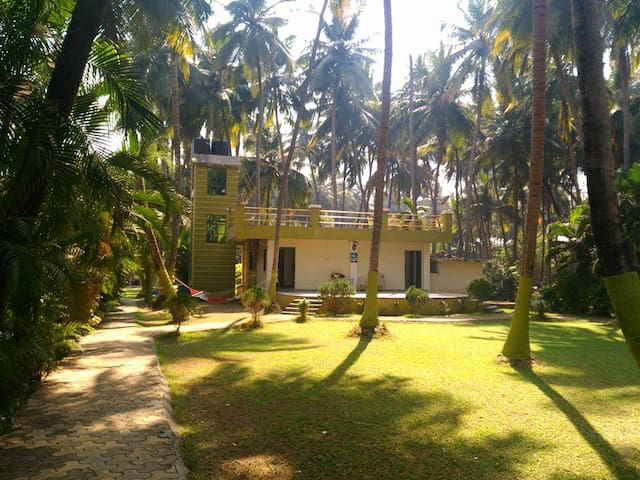 Laxmi Garden Beach Homestay (Private room 102)