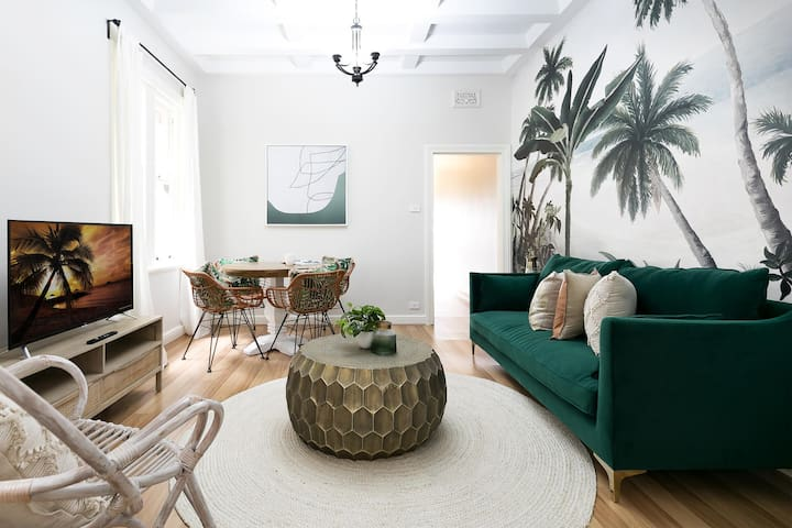 Boutique renovated apartment in city centre
