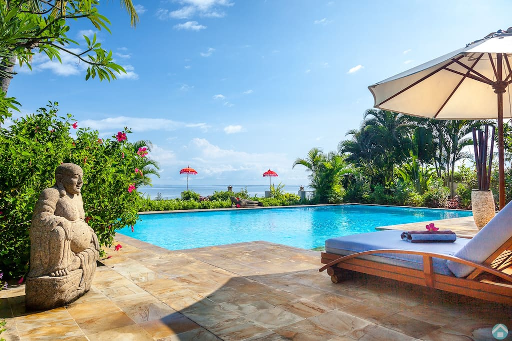 Relax, enjoy in your private villa