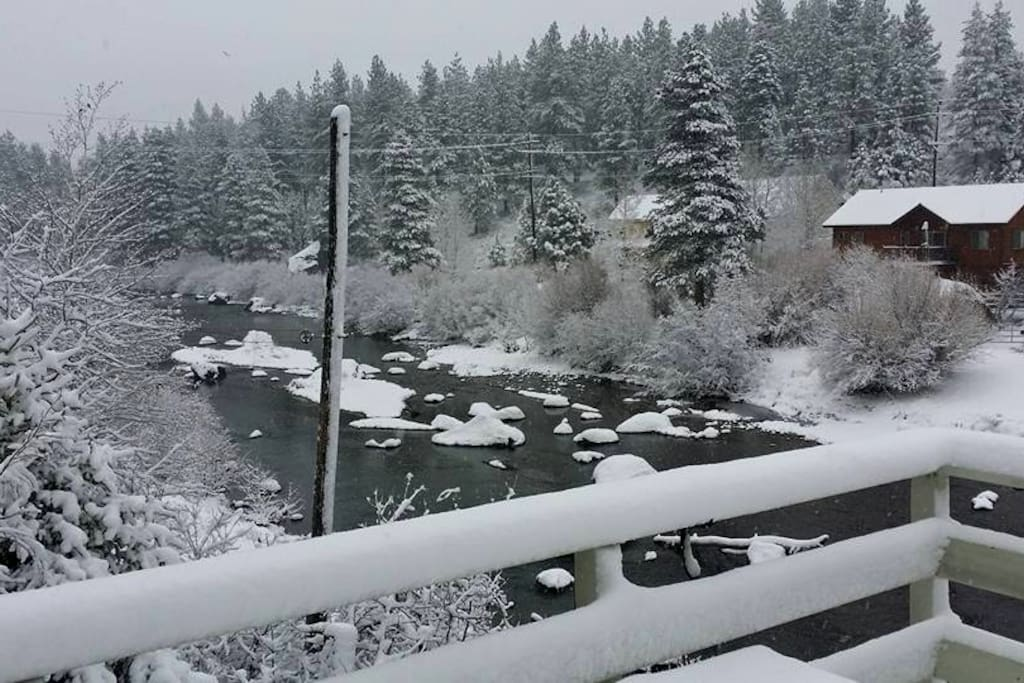 Beautiful view of Truckee River from the back deck.