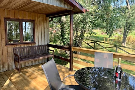 West Hoppyland Cosy Country Lodges - Birch Lodge
