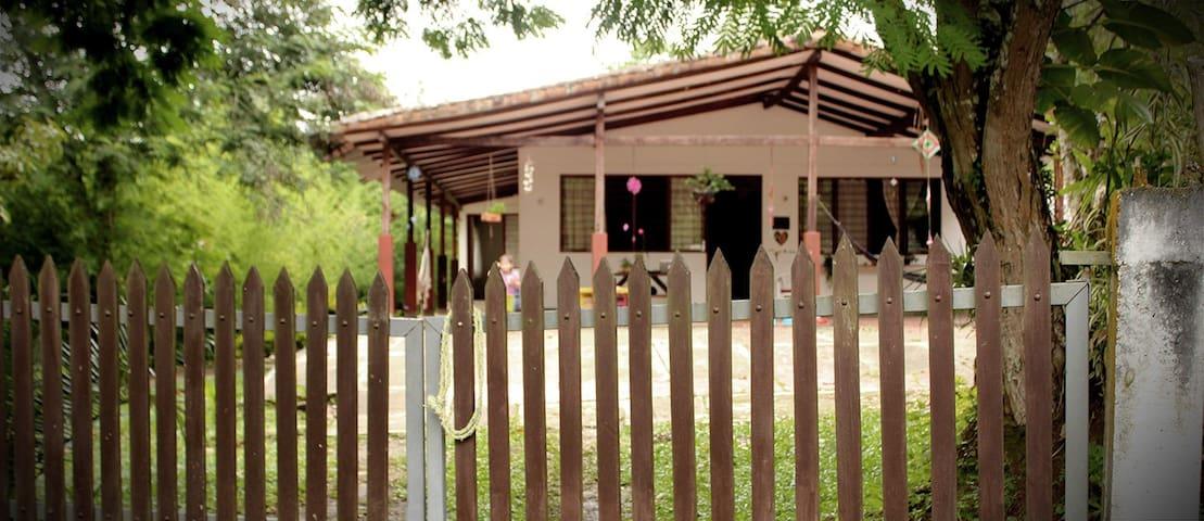"""Casa Campestre """"Las Veraneras"""" - Cali"""