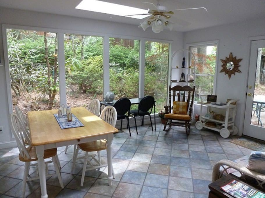 Glorious SunRoom with table for breakfast