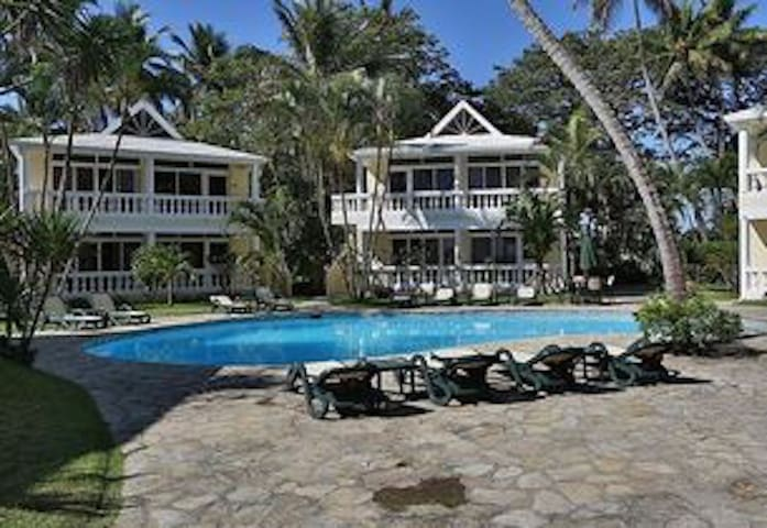 Private Large Group - Beach Front Accommodation - Las Canas - Villa