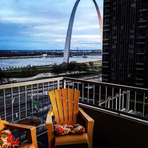 Riverfront views in the heart of downtown!
