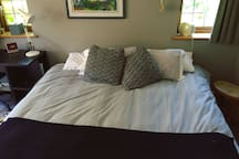 King-size bed which can be split into two single beds