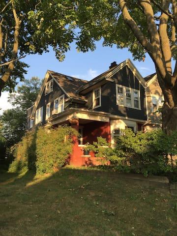 Bryn Mawr, PA - Bryn Mawr - Haus