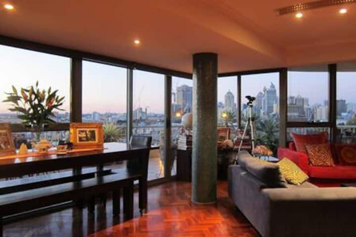 Luxury Inner City Penthouse Apartment. 250sqm