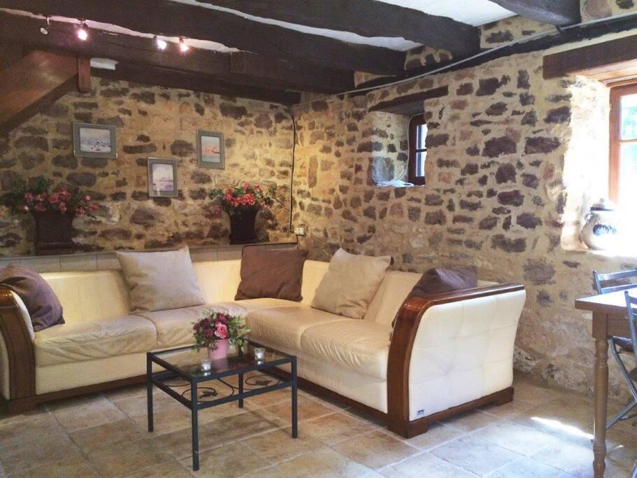 Petit Pessel Bright Comfortable Living Room