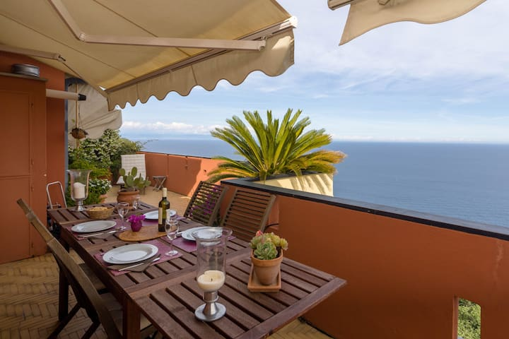 Amazing penthouse sea-view - Bergeggi - Byt