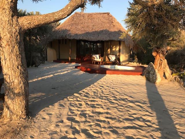 Charmant Lodge avec jacuzzi et vue sur mer