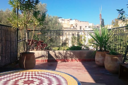 New! studio / private terrace! Heart medina Fez!