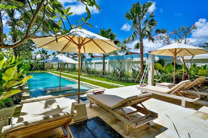 """""""75% OFF"""" 3 BR Shakti Villa W/ Private pool"""