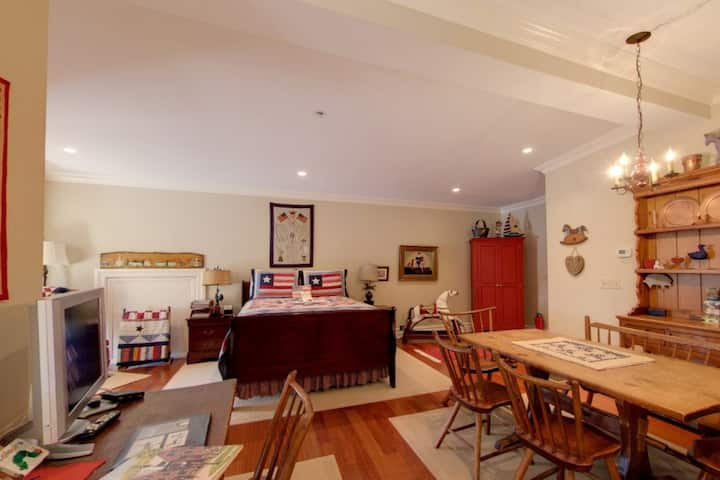 The Americana Suite (Flag)