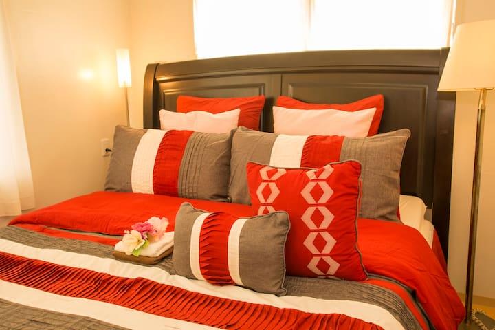King Bed Room(キングベッドルーム)