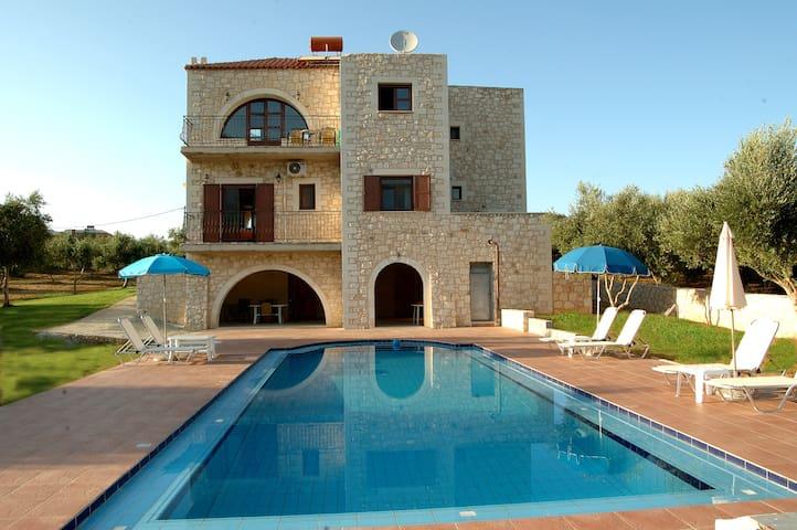 Villa Ostria Georgioupoli - Chania - Huvila