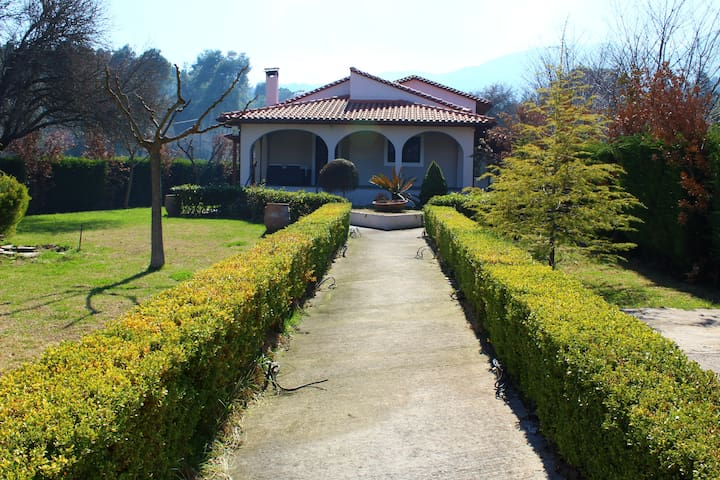 Beautiful House in Amazing location (H2) ~ - Prokopi - House