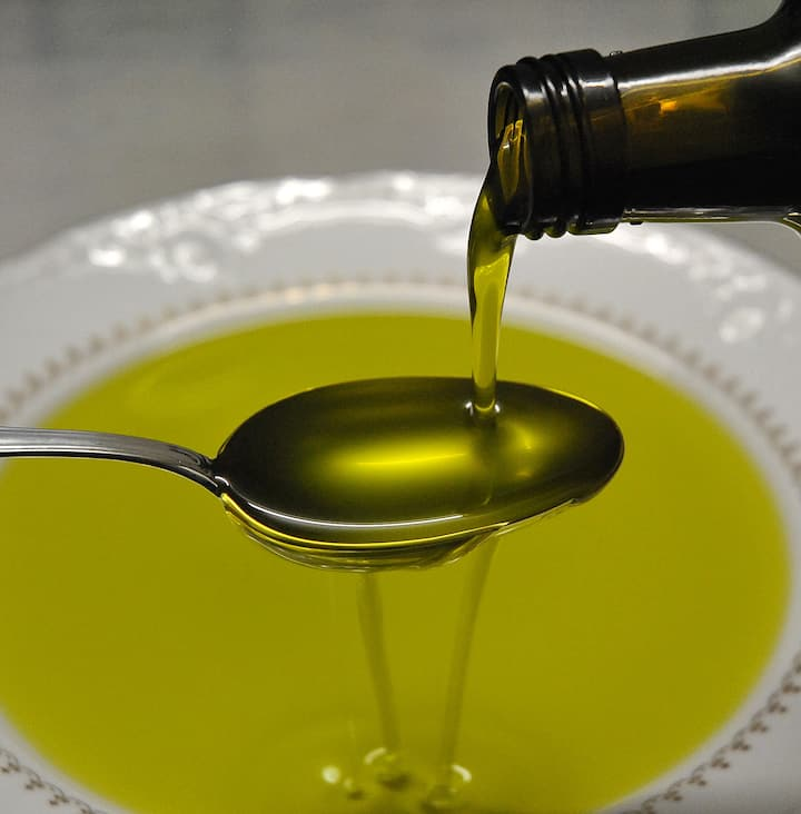 the real italian extravirgin olive oil