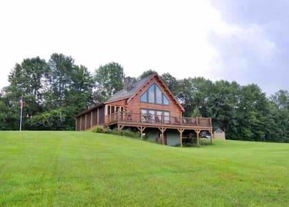 Grandview Chalet in Vermont's Northeast Kingdom!