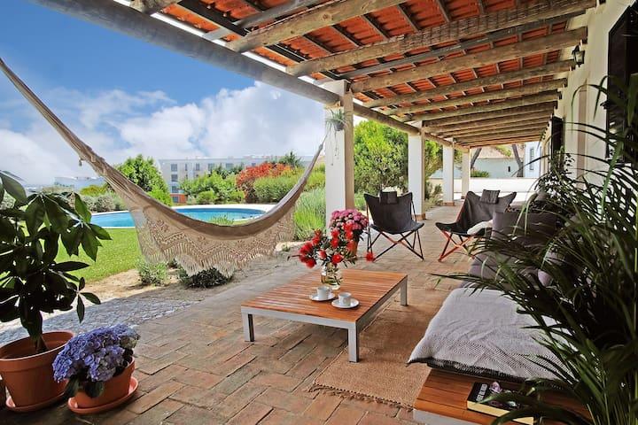 Pool ♥ Gardens ♥ Tranquility ♥SESIMBRA BEACH 10min