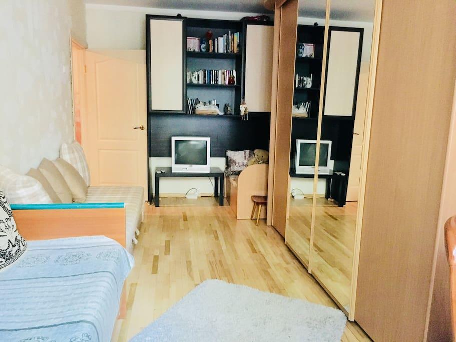 Уютная светлая просторная комната