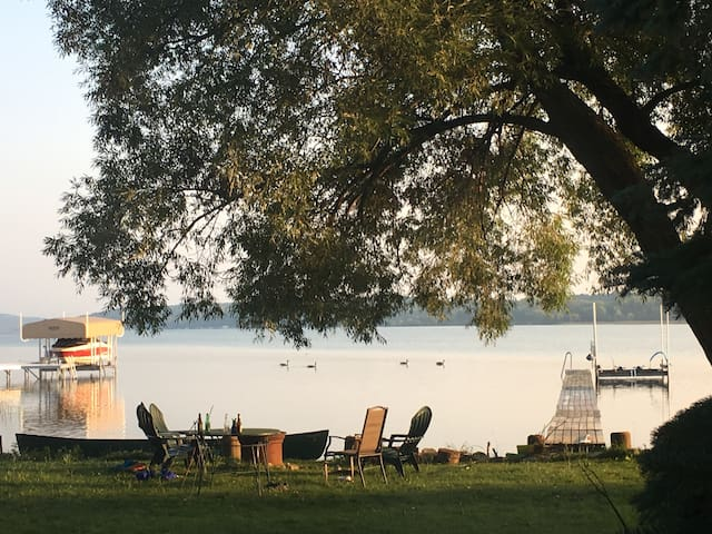 Lake Charlevoix cottage with private beach & dock