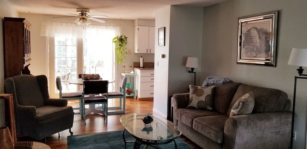Dinning room leads to Sunroom. Larger table available.