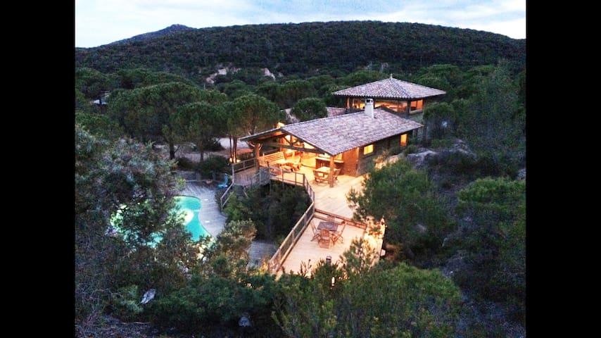 villa dans site exceptionnel