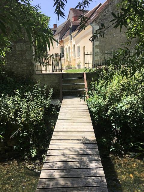 Azay-sur-Indre : Gite au bord de l'Indre
