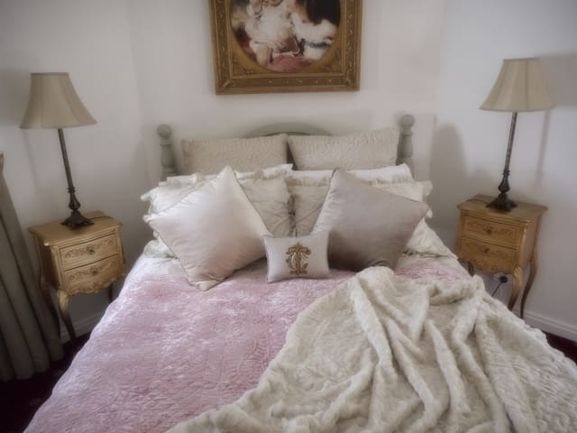Keebles Country House-Sweetheart Rm - Clunes - Bed & Breakfast