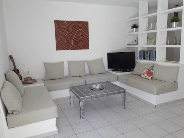 4 pax apartment with view on Cala Tarida