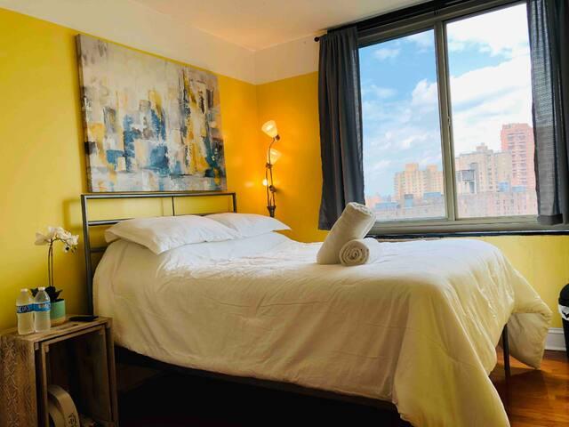 ★ UES   Cozy bedroom near LGA, free coffee & tea!