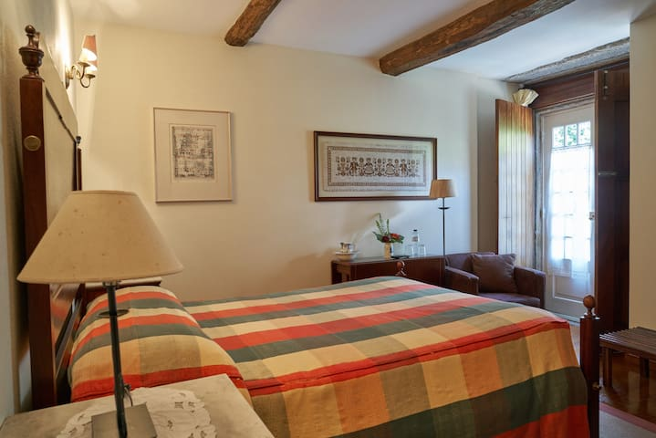 CASA FATAUNÇOS Manor House com Piscina - Fataunços - Villa