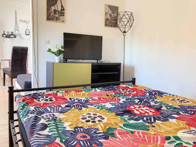 Chambre privée 30 m2 pour 4 ds maison près métro